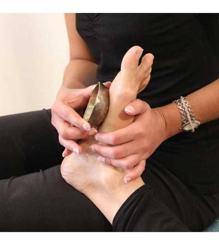 Réflexologie - Bol Kansu bol-de-massage-ayurvedique-pieds
